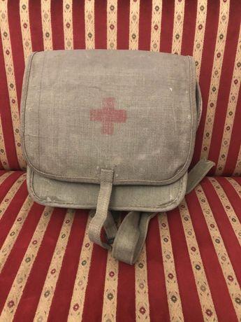 Wojskowa torba medyczna, apteczka z czasów PRL