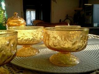 Pucharki,cukierniczka ,swieczniK -miodowe ,bursztynowe ,topaz
