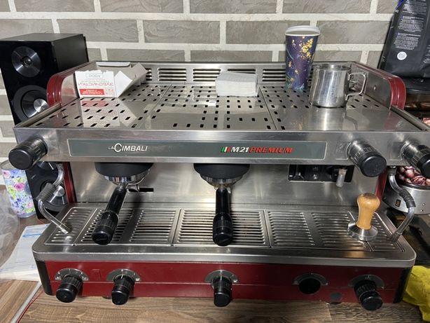 Профессиональная кофемашина La Cimbali