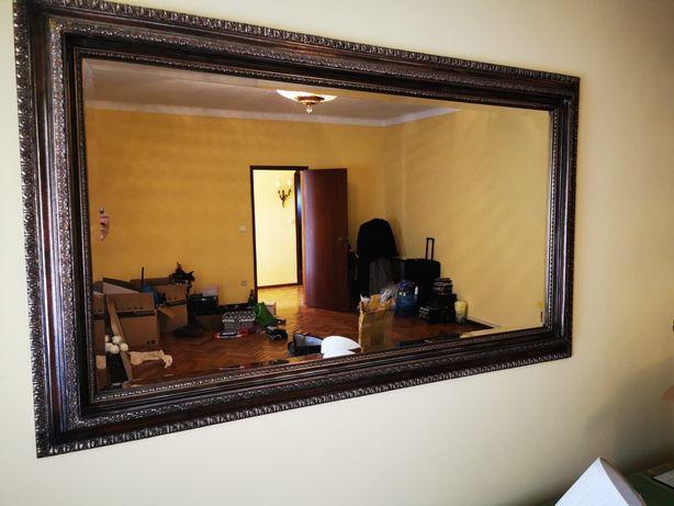 Espelho em madeira