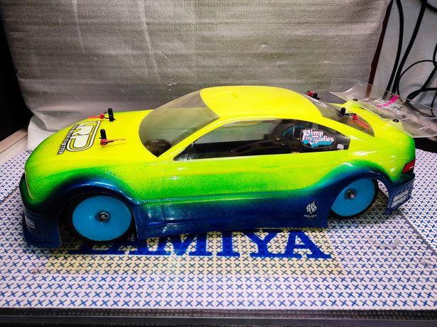 Tamiya TB-01 escala 1/10 em excelente estado