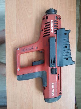 Монтажный пистолет Hilti DX 750