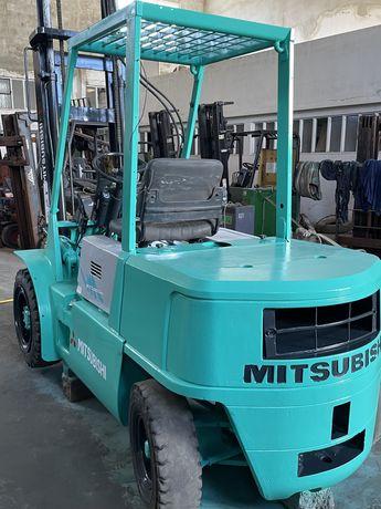 Empilhador mitsubichi 3000 kgrs diesel