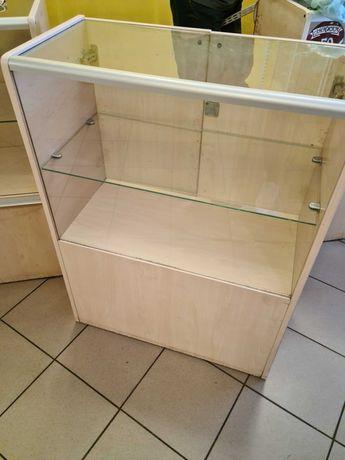 Торговое оборудование бу\ витрины б у Прилавки витрины для магазина