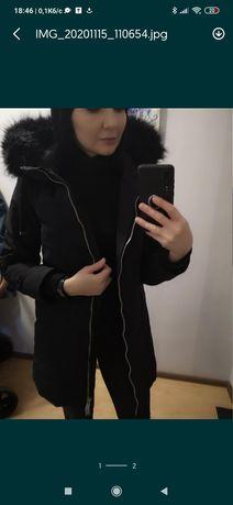 Курточка Zara. дуже гарна .