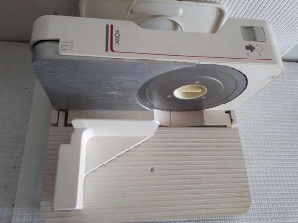Fiambreira SOLAC para uso pessoal