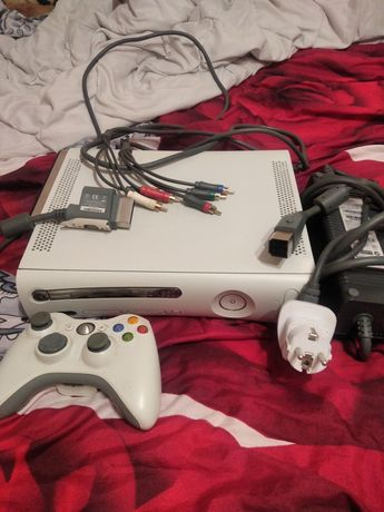 Xbox360 pad zasilacz dysk 120gb av