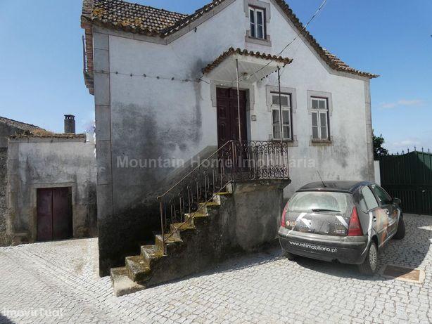 Moradia para Restaurar T4 Venda em Ervedal e Vila Franca da Beira,Oliv
