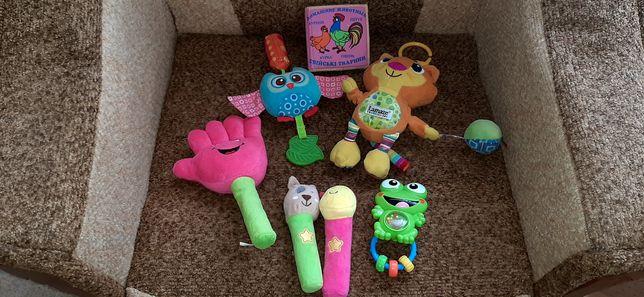 Іграшки підвіски в коляску