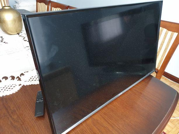 Uszkodzony telewizor 32 cale z pilotem