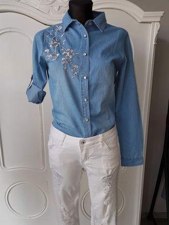 Koszula jeansowa z haftem