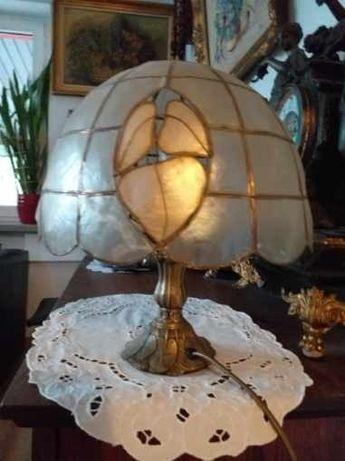 Piękna stara lampa