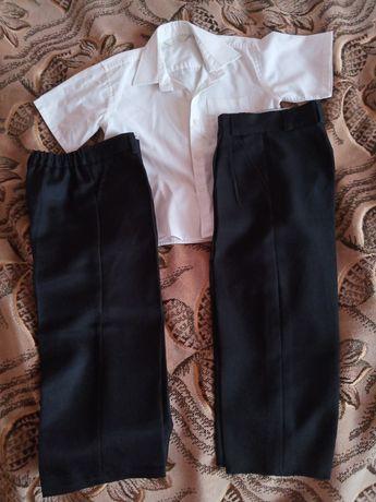 Рубашка Marks and Spencer и двое брюк