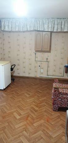 Продам комнату с заведенной водой, в общежитии в Курском микрорайоне.