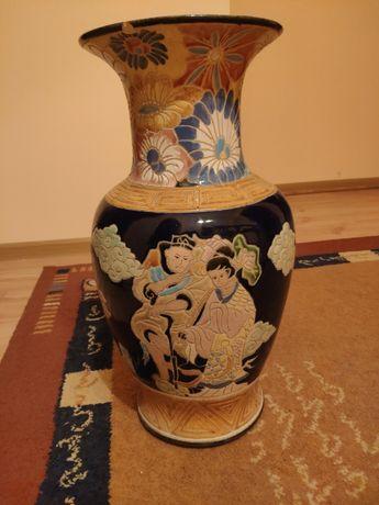 Dwie wazy ceramiczne