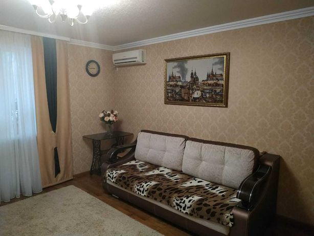 Продается 2 к.кв в районе Шахтёрской площади