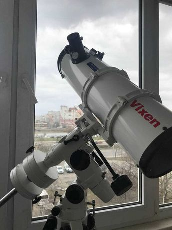 ТЕЛЕСКОП Vixen R130SF на монтировке Sky-Watcher EQ3-2 и два окуляра