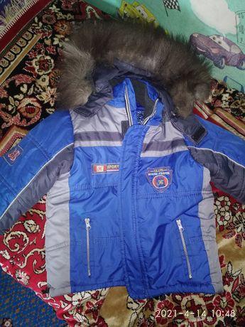Зимний костюм на мальчика 4-6 лет