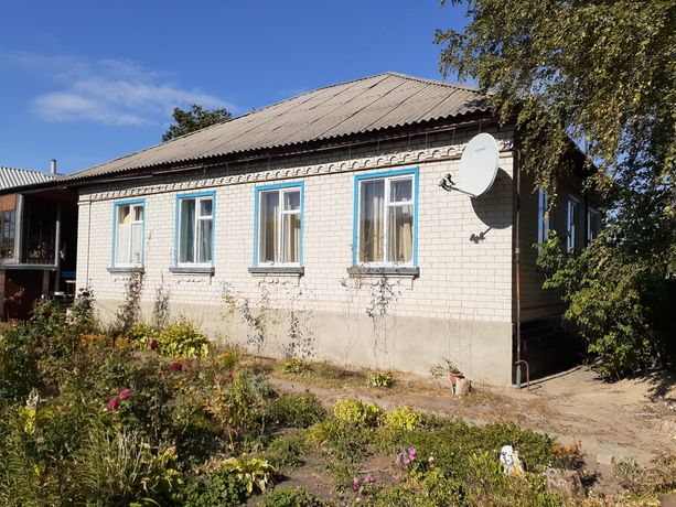 Продаю дом в п. Новоайдар