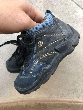 Демисезонные ботиночки ecco на мальчика 21 размер
