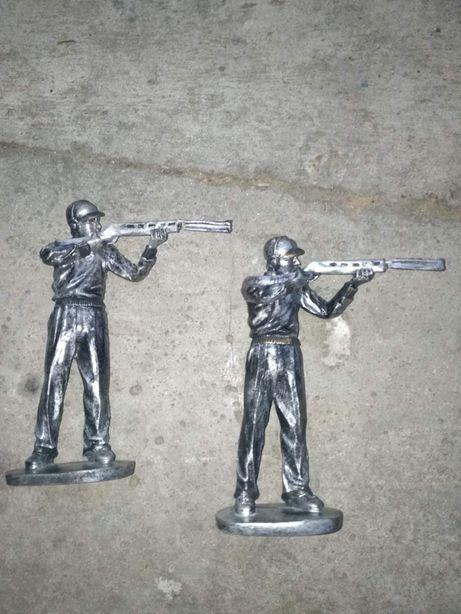 Figurki żołnierz z bronią