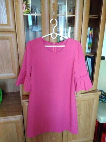 Modna różowa sukienka z rękawami zdobionymi falbaną r. 38 (M)