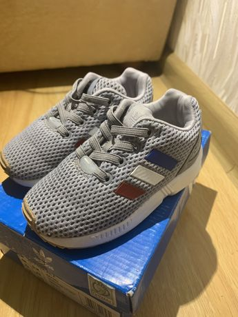 Кросівки оригінал адідас Adidas 22 розмір