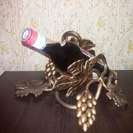 Хенд мейд Оригинальный подарок кованная подставка под бутылку