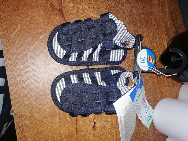 Sandałki niechodki dla chłopca