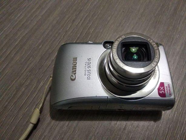 Продам фотоапарат Canon + у подарунок жорсткий чохол і карта пам'яті