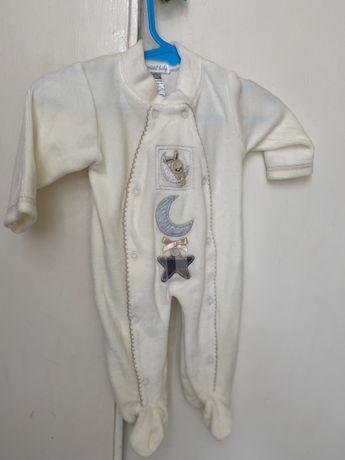 Roupas de bebé nova e usada