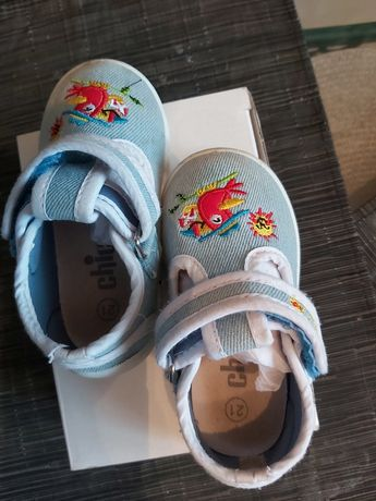 Детская обувь для маленьких