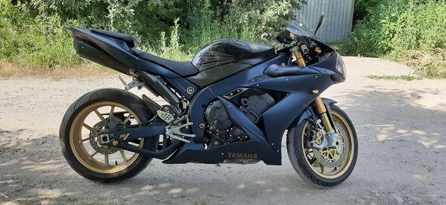 Yamaha r1 РАЗБОРКА
