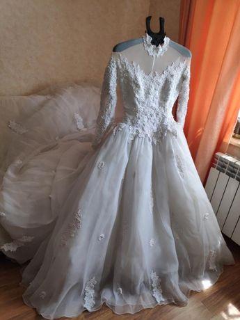 Весільне плаття від Demetrios дизайнерське
