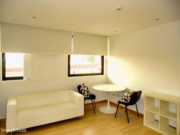 Apartamento T0, mobilado, Com estacionamento, Universidade, Aveiro