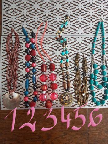 Naszyjnik, korale, sztuczna biżuteria
