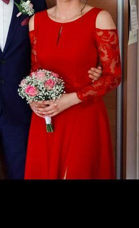 Długa maxi czerwona sukienka z rozporkiem koronka M/L