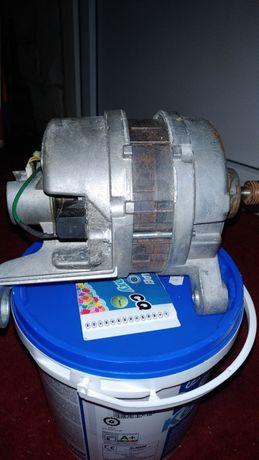 Продам электродвигатель на стиральную машинку Электролюкс