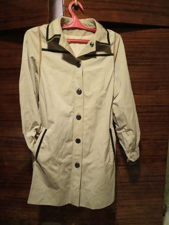 Новое пальто 42 р