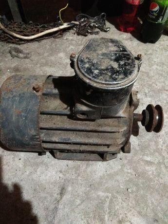 Электродвигатель 3квт 1500об.