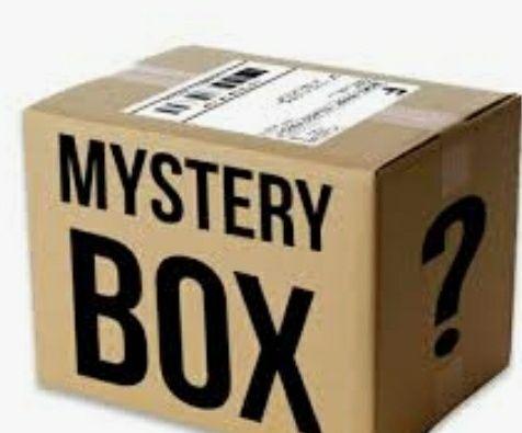 Mysterybox z rzeczami