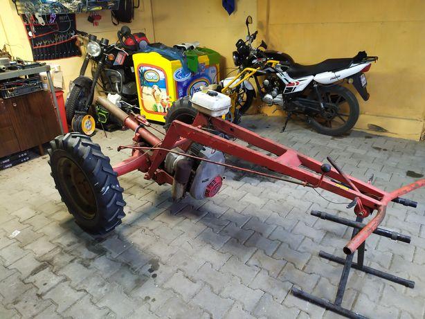 Traktorek jednoosiowy, dzik Rotax