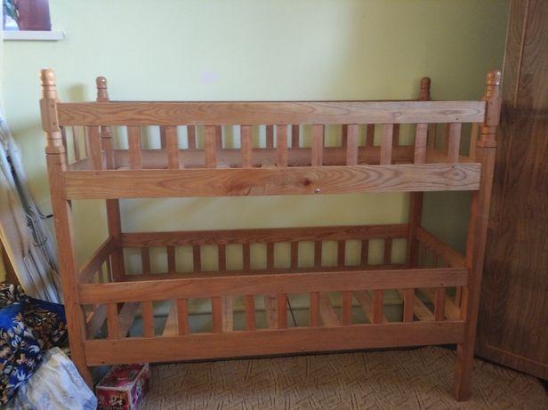 Ліжко двохповерхове