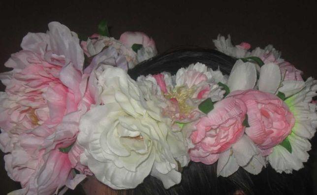 Венок из цветов для  фотосессии.  Большие цветы. Шикарный.