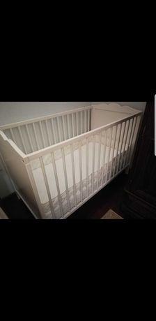Cama bebé resguardo e colchão