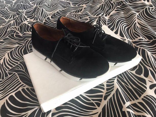 Кросівки (туфлі) замшеві Avis