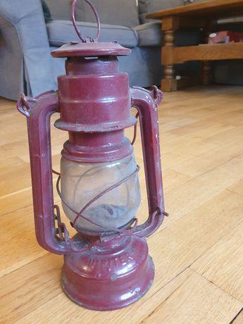 Stara lampa naftowa Jupiter