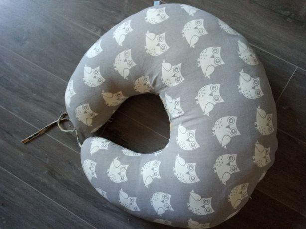Подушка для годування