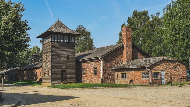 Oświęcim Muzeum Auschwitz - Birkenau Biuro Zawisza Travel