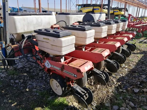 Сеялка пропашная Massey Ferguson 543 No-till кукуруза подсолнечник